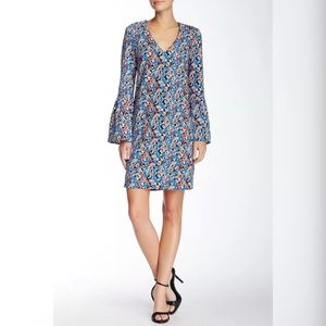 Charles Henry Floral Bell Sleeve Shift Dress